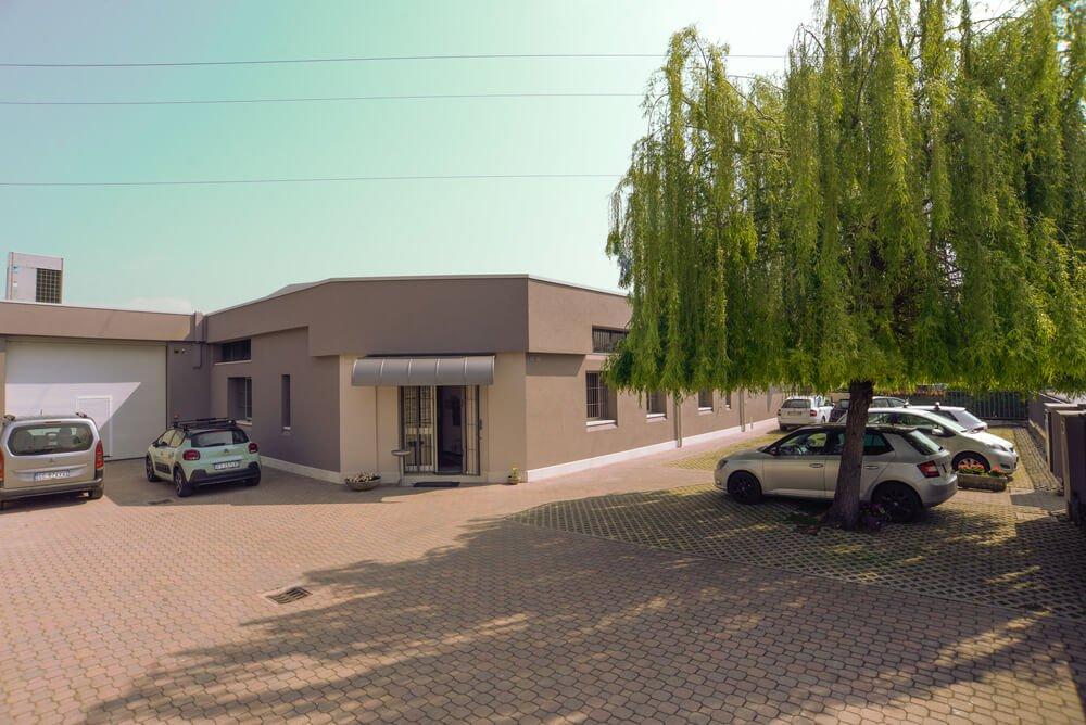 foto facciata azienda Ago Partner
